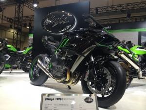 モーターサイクルショー Ninja H2R