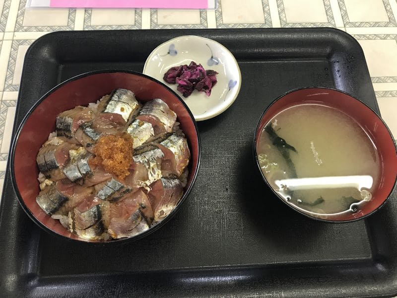 納沙布岬にある鈴木食堂のサンマ丼