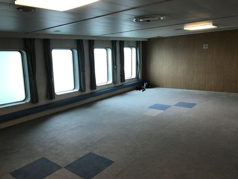 津軽海峡フェリーの船内