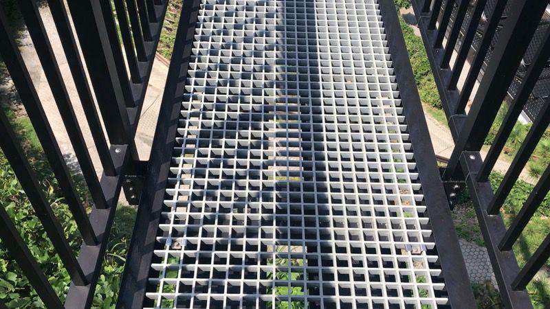 空中展望台 スカイバードの透けてる床